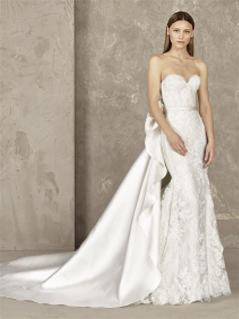 Original mermaid wedding dress with detachable skirt