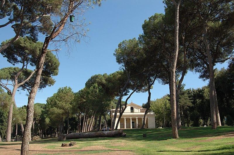 File:Pianciano - Casina Raffaello - Chiesa dell'Immacolata.jpg