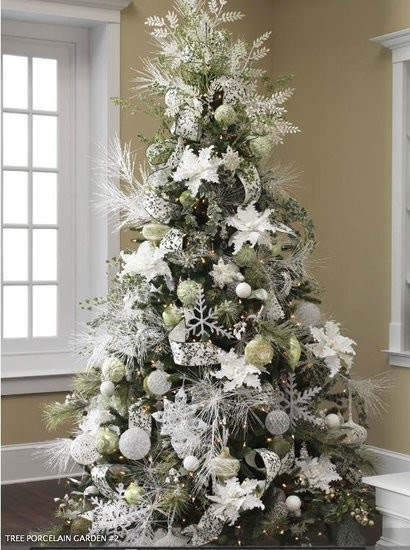 ... Beautiful Christmas Decor Ideas, This entry is part of 49 in the series Beautiful Christmas Decor Ideas, White Christmas Tree Ideas – Blue Decorations ...