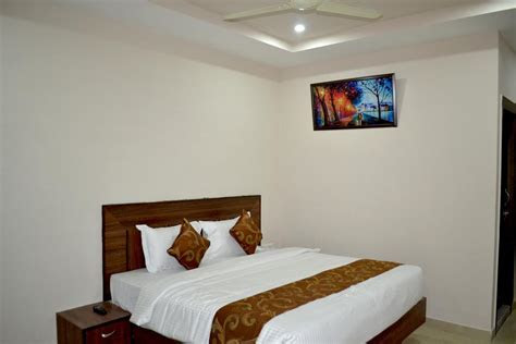 The Purple Orchid Hotel Agra, Rooms, Rates, Photos