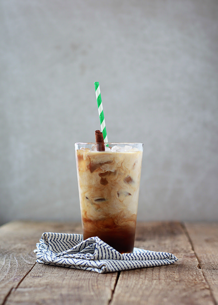 Cinnamon Dolce Iced Coffee | kitchentreaty.com