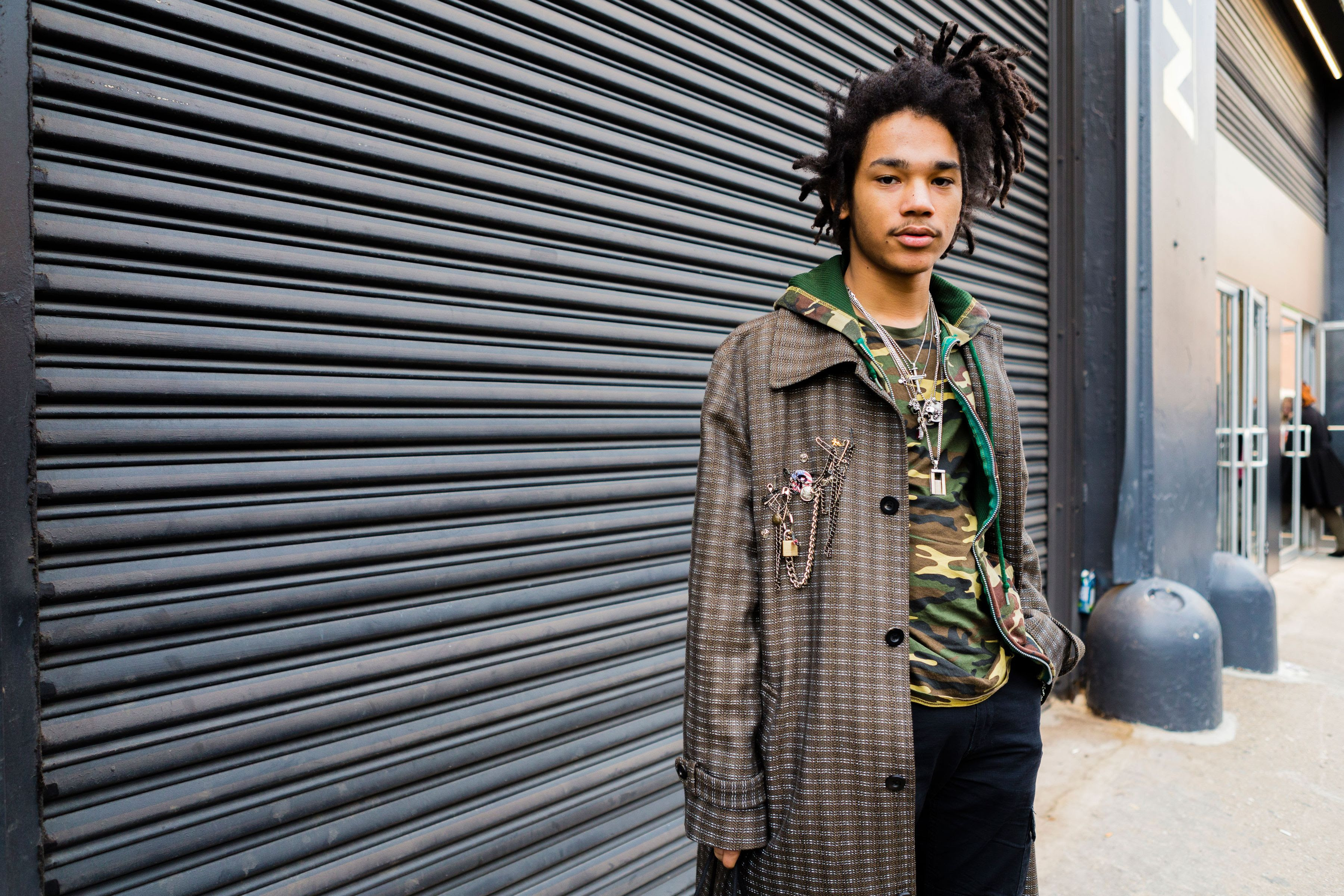 Photo 12 from Luka Sabbat