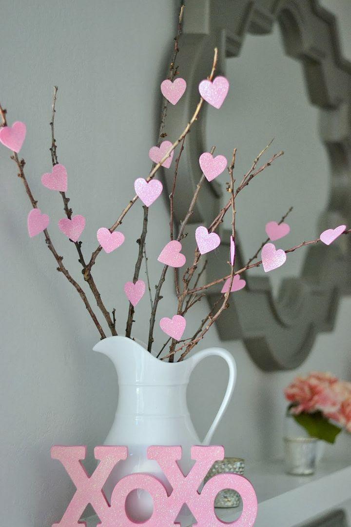 photo Valentines Decorations - DIY heart tree_zpsfnfllpch.jpg