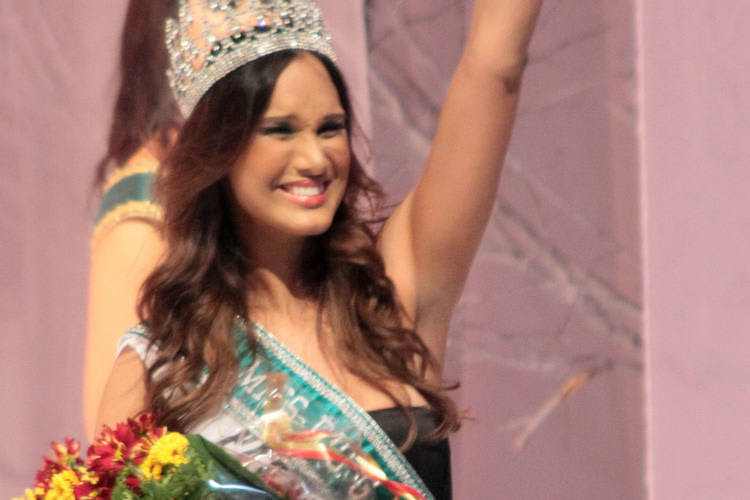 Daliane Menezes ganhou a faixa de Miss RN numa disputa acirrada com mais 24 candidatas ao título de mulher mais bela do estado