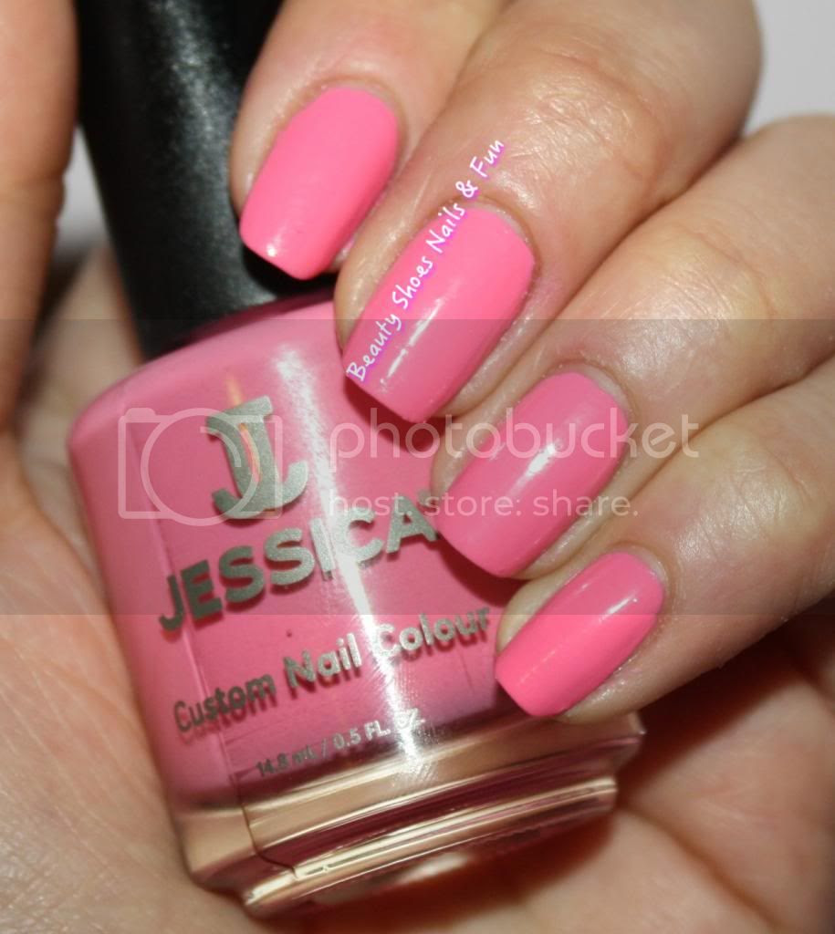 photo JessicaCosmetics-3_zpsa86dc270.jpg
