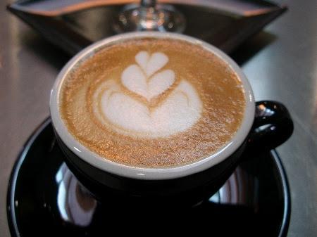 http://www.foodgps.com/wp-content/uploads/2009/02/ryan-willbur-cappuccino.jpg