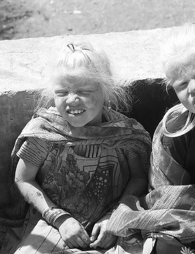 Dudh Ki Safedi..Kismet Se Aye ..Lakh Koshish Phir Bhi Nahi Jaye by firoze shakir photographerno1