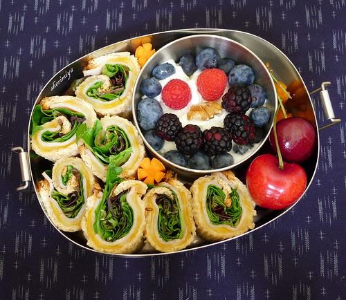 Sandwich Rollups Bento by sherimiya ♥