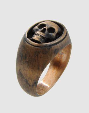 Skull. Ring. Yes.
