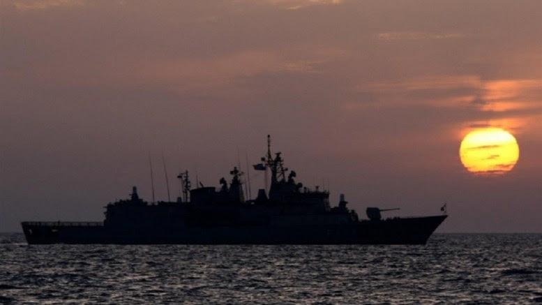 Πλοίο του ελληνικού Πολεμικού Ναυτικού πλέει στο Αιγαίο Πέλαγος. Φωτογραφία Hellenic Navy