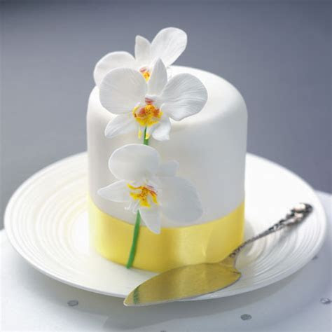 Moth orchid icing decoration