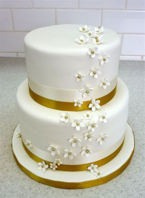 32 best Golden Anniversary Cake Ideas images on Pinterest