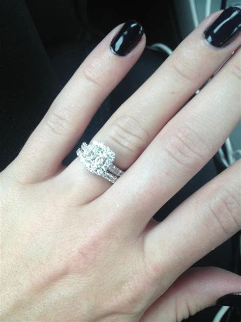 Engagement Ring 1 1/2 Ct Tw Diamonds 14k White Gold with