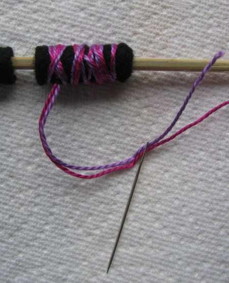 11-rolled-felt-bead-small
