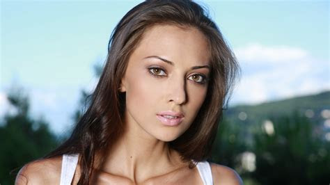 full hd wallpaper anna sbitnaya brown eyes model long hair