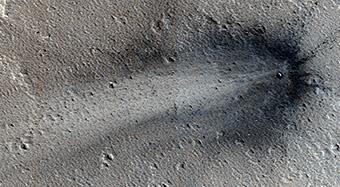 Un impacto reciente en Elysium Planitia
