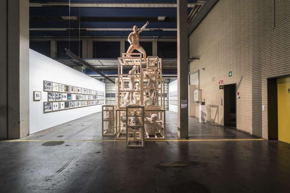 Instalación creada por Daniel García Andújar para Kassel, The Disasters of War, Trojan Horse, de 2017.