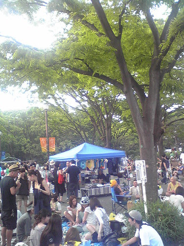 Lots of people sitting and chilling during the One Love Jamaica festival