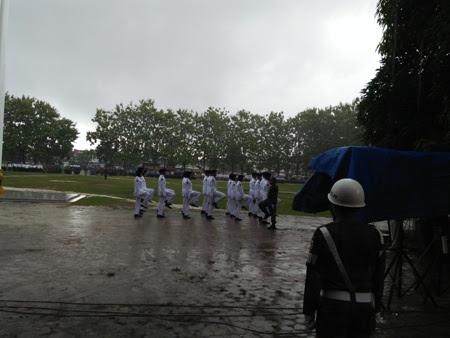 Guyuran Hujan Mewarnai Upacara Hut Kemerdekaan Ri Ke 72 Di Kabupaten