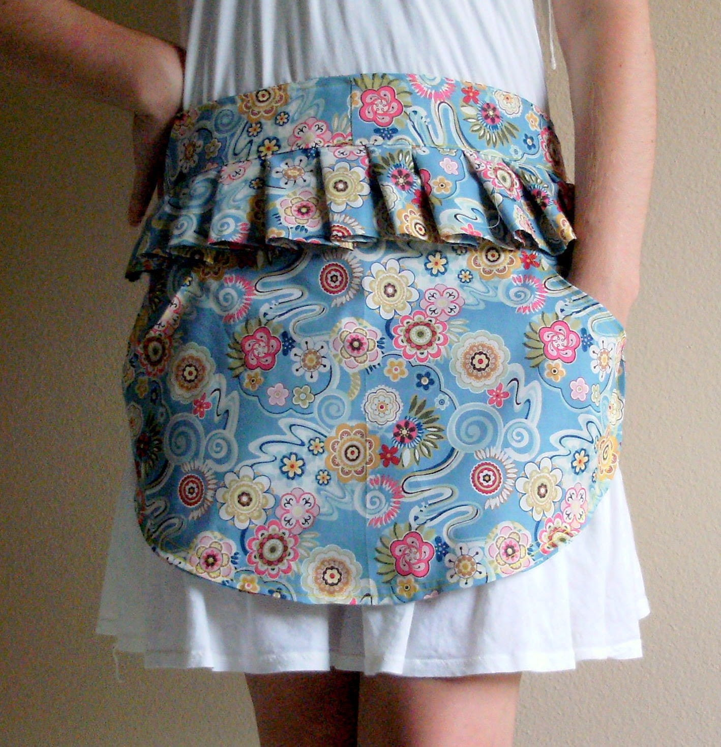 Lovely, Ruffly Half Apron - Pretty Floral (FREE SHIPPING)