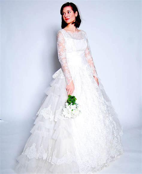 Why Choose a Vintage Wedding Dress?   The Etsy Blog