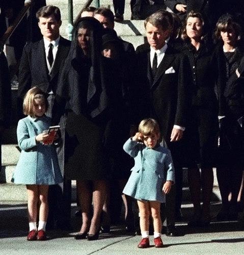 Jfk Jr Het Tragische Einde Van Een Amerikaanse Droom Historiën
