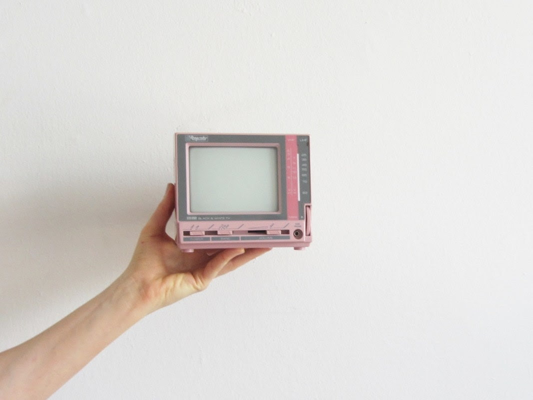 mini pink television . retro 1980 handheld TV - DOTTO