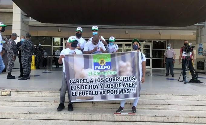 """""""PA' LA CÁRCEL JEAN ALAIN, POR CORRUPTO Y CHARLATÁN"""", MIEMBROS DE FALPO ARREMETEN CONTRA EXPROCURADOR"""