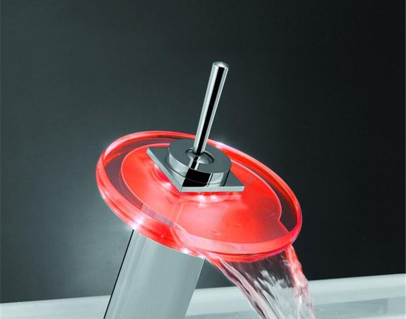 Silber LED RGB Wasserfall Einhandmischer Wasserhahn Waschbeckentisch Armatur DHL