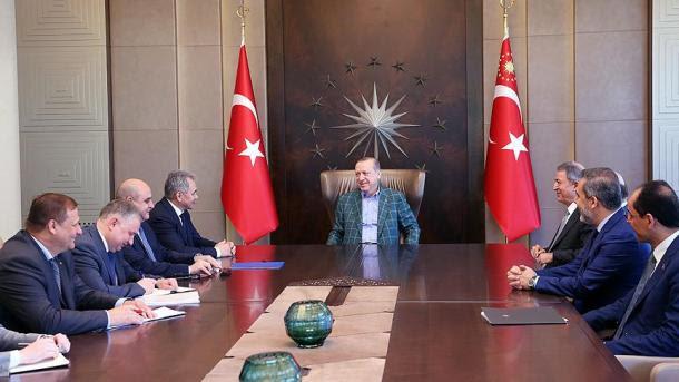Τον Ρώσο ΥΠΑΜ Σεργκέι Σόιγκου έκανε δεκτό ο Ερντογάν