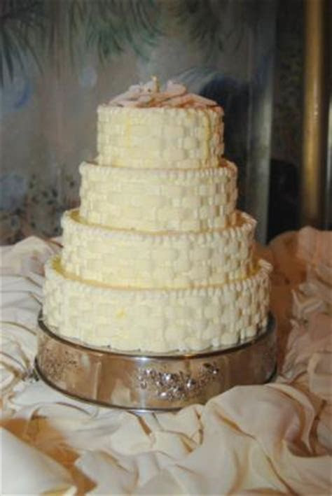Wedding Cakes from Walmart   LoveToKnow