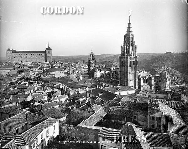 Vista de Toledo desde la iglesia de San Ildefonso hacia 1875-80. © Léon et Lévy / Cordon Press - Roger-Viollet