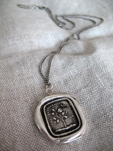 sweetness necklace