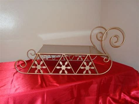 Sleigh cake stand.Imagine my cake stand once it has my