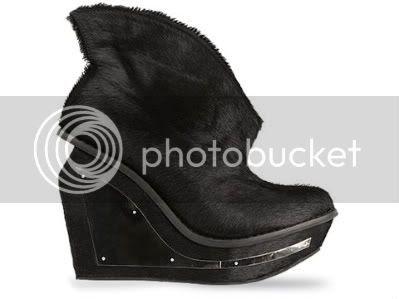 Jeffrey-Campbell-shoes-Xanadu-Fur-B.jpg picture by Deathbutton