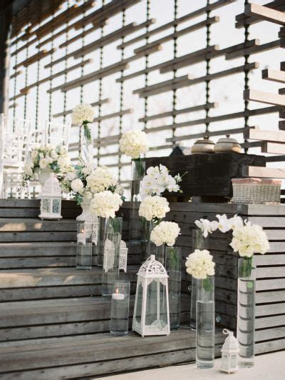 Best 25  White party decorations ideas on Pinterest   Yarn