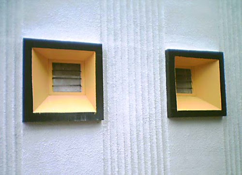 Yellow windows - part of the 'guess where Wellington' pool on Flickr