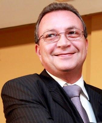 Ex-secretário e ex-prefeito Luis Fernando Silva
