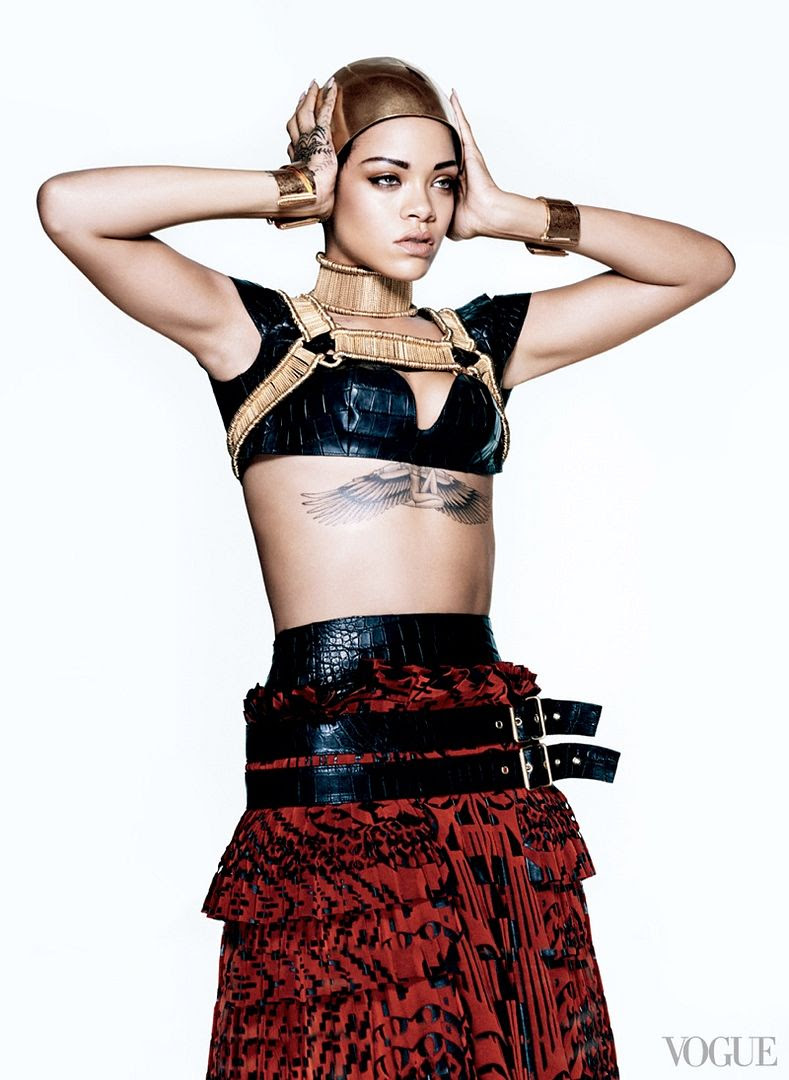 photo rihanna-vogue-photo-shoot4_zps96e7fc51.jpg