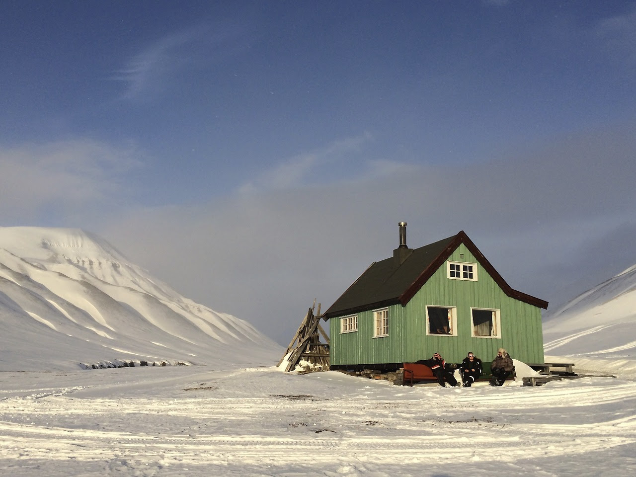 """Submitted by James Rankin / @JamesRanken """"Took a trip up to a friend's cabin in Svalbard. We spent the week cut off from the world looking out for polar bears, backcountry snowboarding and riding snowmobiles. """""""