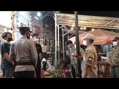 Penegakan Hukum Pelaksanaan Pemberlakuan Pembatasan Kegiatan Masyarakat (PPKM) di seputaran Kota Liwa Kecamatan Balik Bukit
