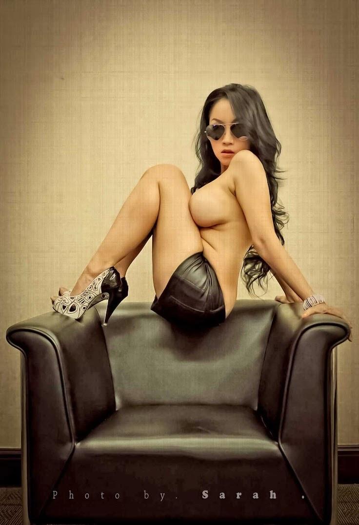 Koleksi Foto Sarah Ardhelia Terbaru Paling Hot Berpose Super Seksi
