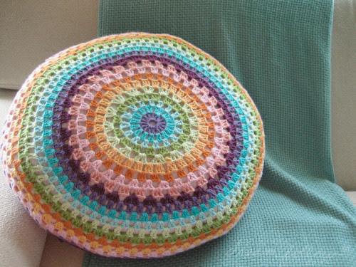 motleycrafter:  my big crocheted pillow by merwing✿little dear on Flickr.
