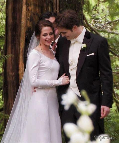 Kristen Stewart Long Sleeves Wedding Dress In Twilight