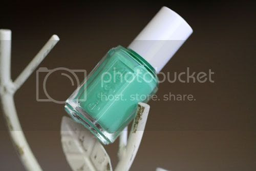 photo Essie-First-Timer_zps5af1223b.jpg