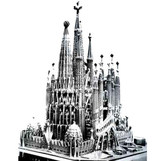 サグラダファミリア 画像でみる有名巨大建築の歴史 Bird Yard