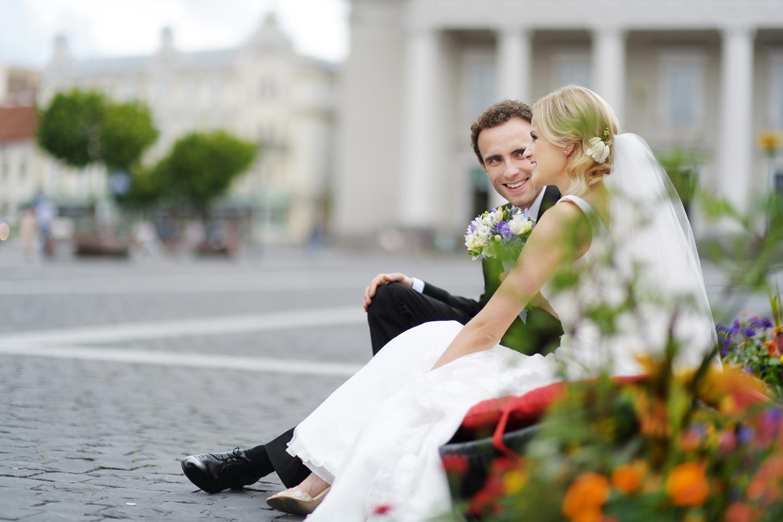 Romantic Park Wedding Hd Wallpaper Download Cool Hd Wallpapers Here