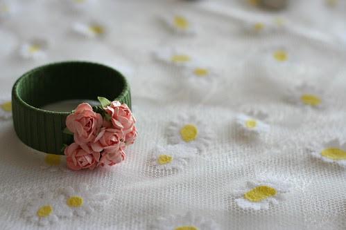 hünerin çiçekleri detaylardadır