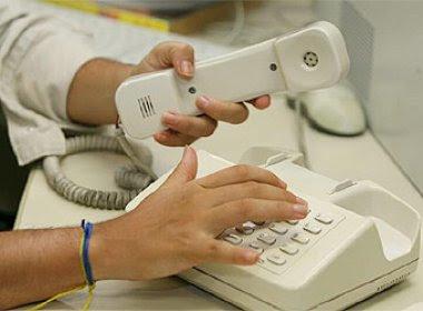 Telefonia fixa deve ficar mais barata e gasolina, mais cara