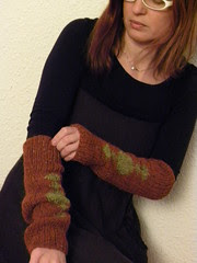 greta sleeves and cowl 013